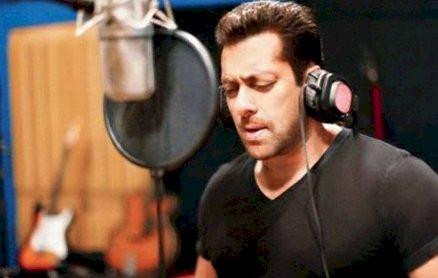 रिलीज होते ही इंटरनेट पर धूम मचा रहा है Salman Khan का गाना, देखिए रोमांटिक VIDEO